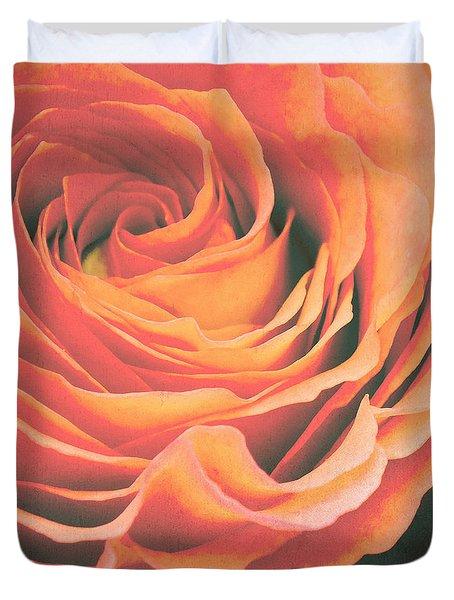 Le Petale De Rose Duvet Cover