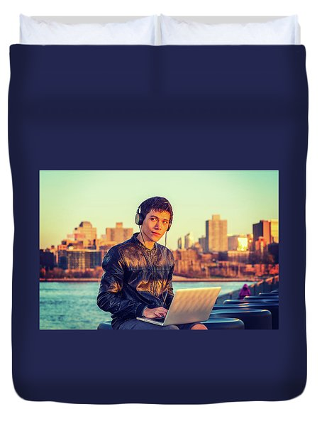 Asian American College Student Traveling, Studying In New York Duvet Cover