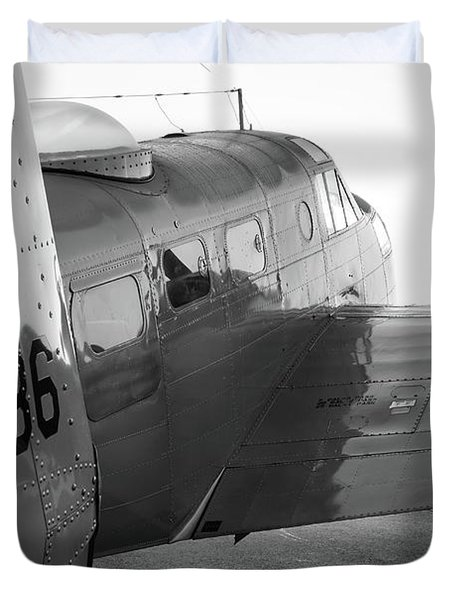 At-11 In Black And White - 2017 Christopher Buff, Www.aviationbuff.com Duvet Cover