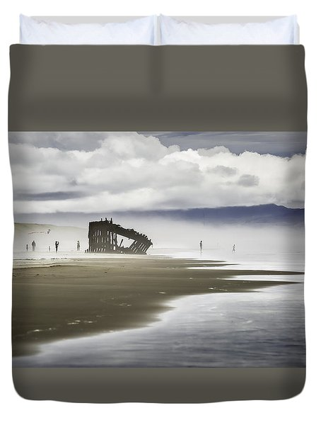 At Peter Iredale Shipwreck Duvet Cover