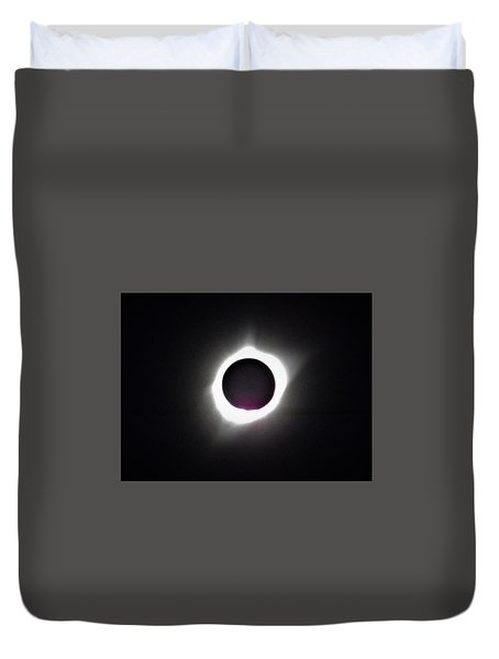 At The Moment Of Totality Duvet Cover