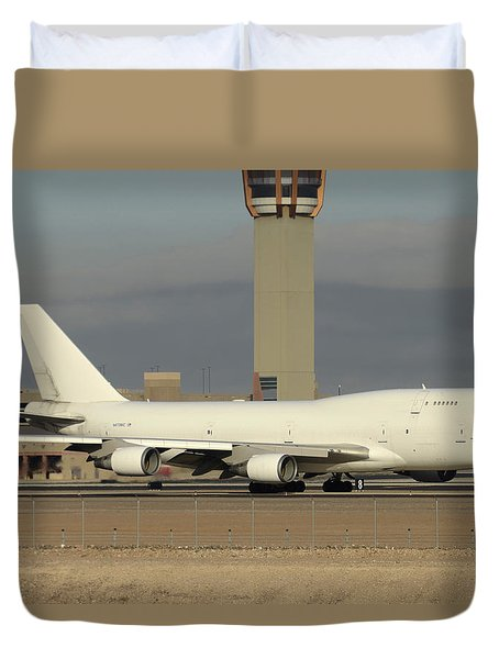 Atlas Air Boeing 747-45e-sf N473mc Phoenix Sky Harbor December 20 2015  Duvet Cover by Brian Lockett