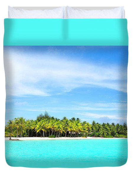 Duvet Cover featuring the photograph Atoll by Sharon Jones