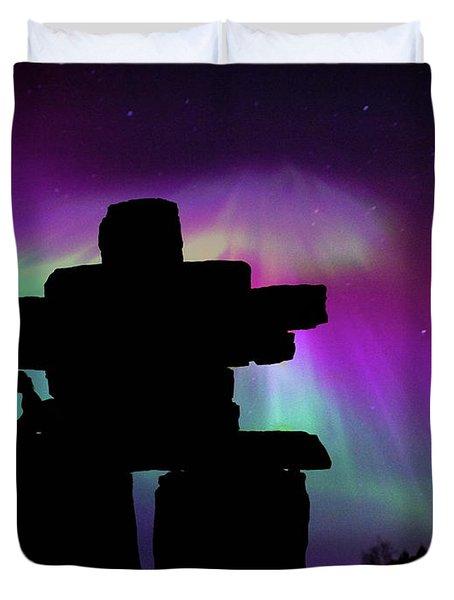Aurora Borealis - Inukshuk - Northern Lights  Duvet Cover