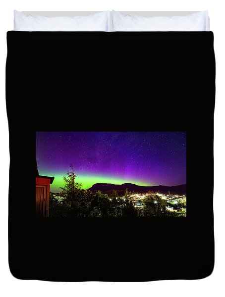 Aurora Over Mt Wellington, Hobart Duvet Cover by Odille Esmonde-Morgan