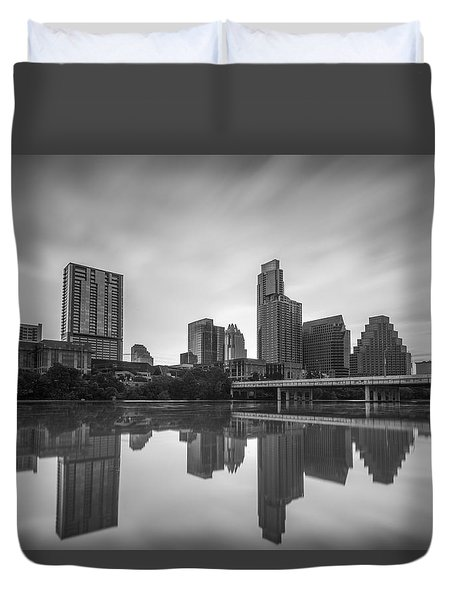Austin Texas Skyline Reflecting In Ladybird Lake Long Exposure Duvet Cover