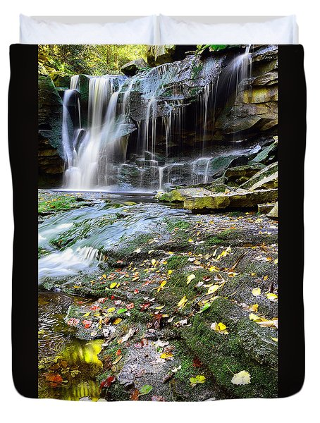 Autumn At Elakala Duvet Cover