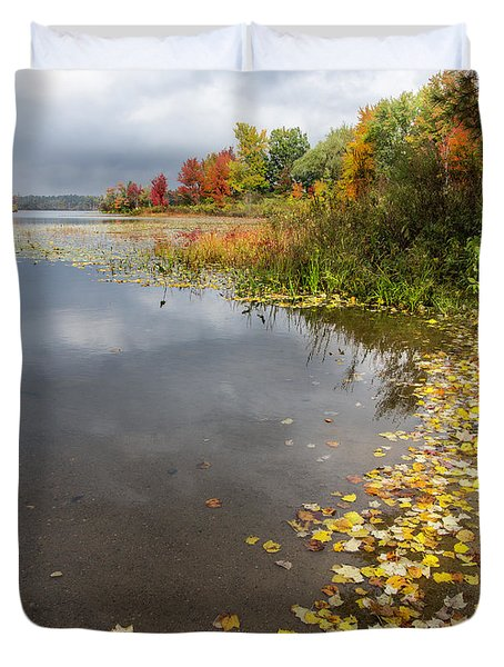 Autumn At The Lake In Nh Duvet Cover