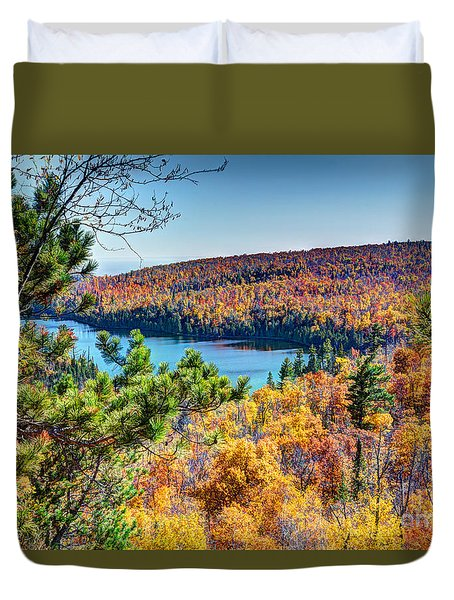 Autumn Colors Overlooking Lax Lake Tettegouche State Park II Duvet Cover