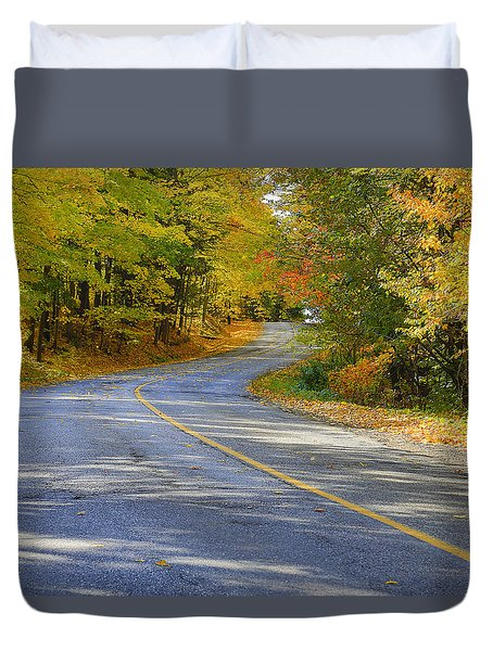 Duvet Cover featuring the photograph Autumn In The Caledon Hills 2 by Gary Hall