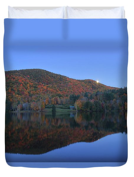 Autumn Moonrise In The Green Mountains Duvet Cover by John Burk