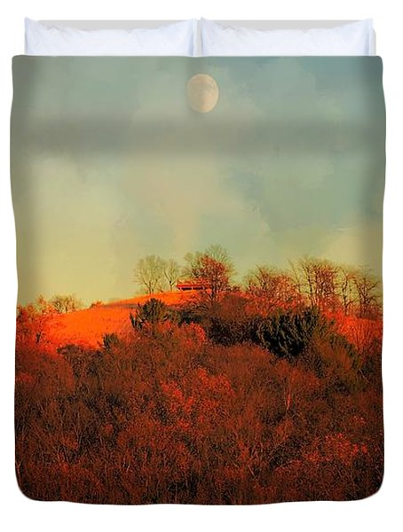 Autumn Moonrise Duvet Cover