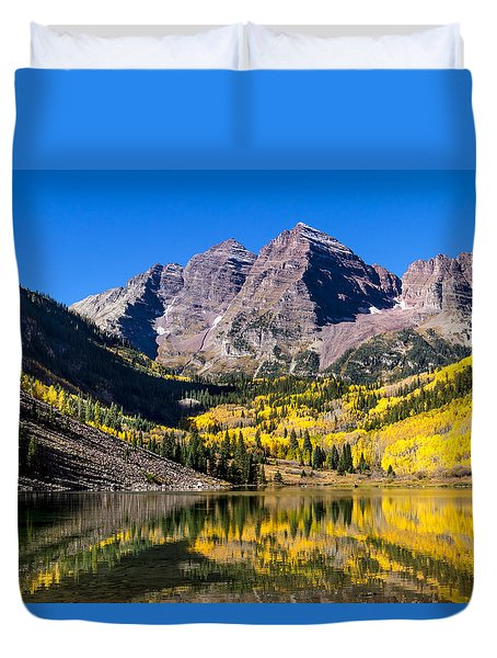 Autumn Morning At The Maroon Bells Duvet Cover