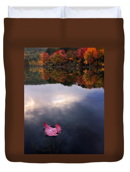 Autumn Mornings Iv Duvet Cover by Craig Szymanski
