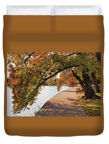 Autumn On The Tidal Basin Duvet Cover