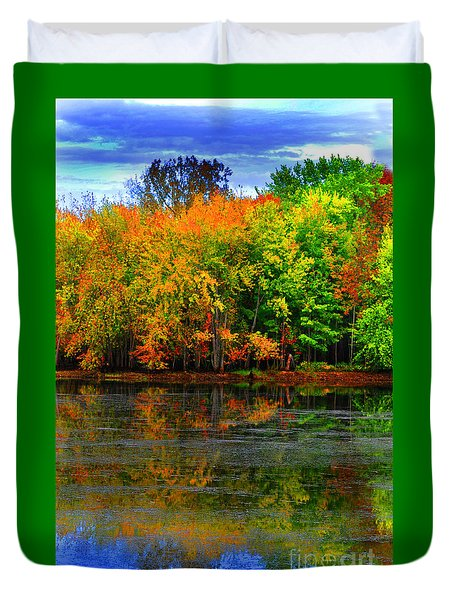 Autumn Sings Duvet Cover
