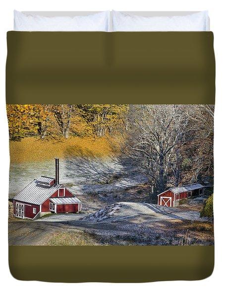 Autumn Snow On Sugar Shack, Reading, Vt Duvet Cover