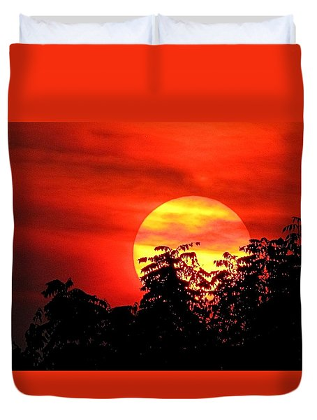 Duvet Cover featuring the photograph Autumn Sunset by Jennifer Wheatley Wolf