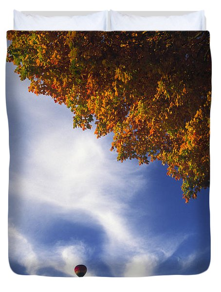 Autumn Traveler - Lake Geneva Wisconsin Duvet Cover
