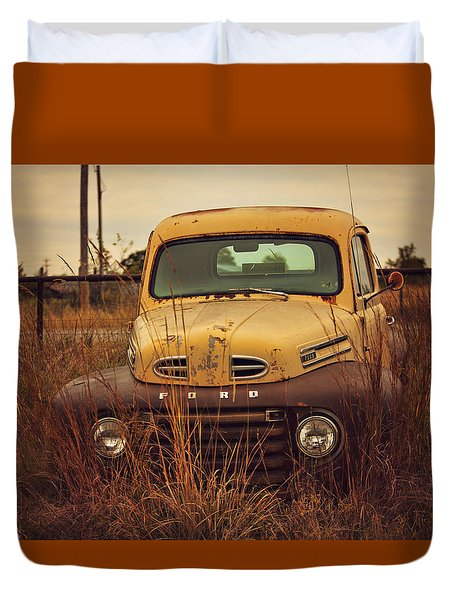 Duvet Cover featuring the photograph Autumn's Ford In The Field by Toni Hopper