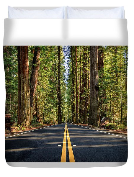 Avenue Of The Giants Duvet Cover by James Eddy