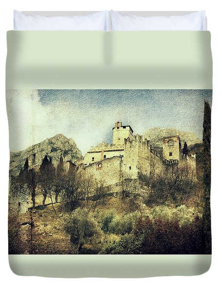 Avio Castle Duvet Cover