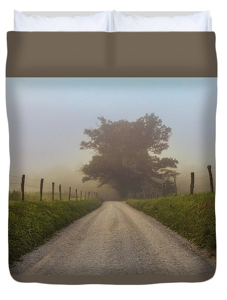 Awaiting The Horizon Duvet Cover