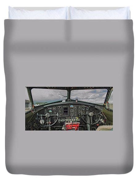 B-17 Cockpit Coffee Mug Duvet Cover