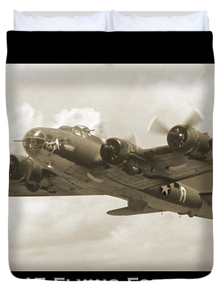 B-17 Flying Fortress Show Print Duvet Cover