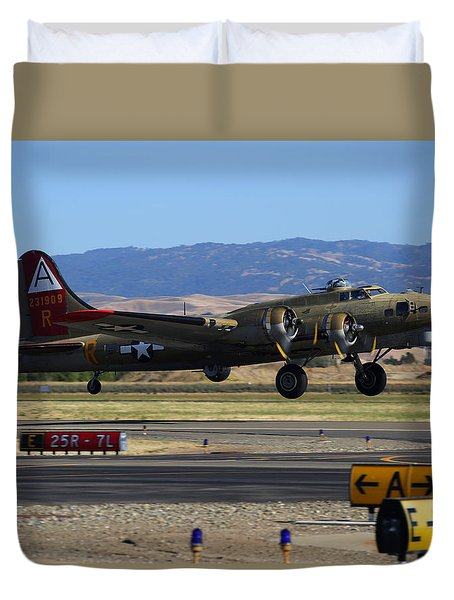 Duvet Cover featuring the photograph B17 Flying Fortress 909 Departs Livermore by John King