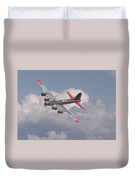 Duvet Cover featuring the photograph B17 - The Last Lap by Pat Speirs