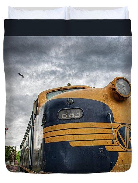 B83 Duvet Cover