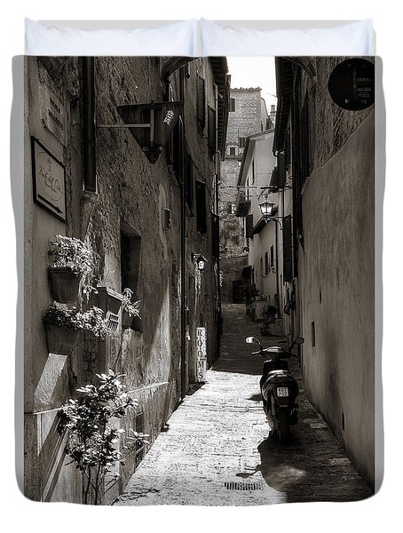 Back Alley 1 Duvet Cover