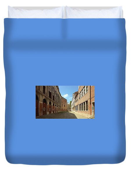 Duvet Cover featuring the photograph Back Street In Venice by Anne Kotan
