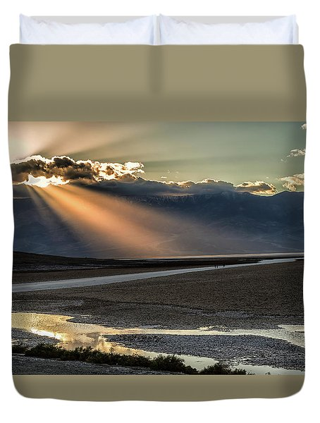 Bad Water Basin Death Valley National Park Duvet Cover