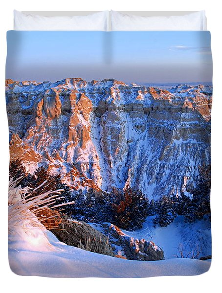 Badlands At Sunset Duvet Cover