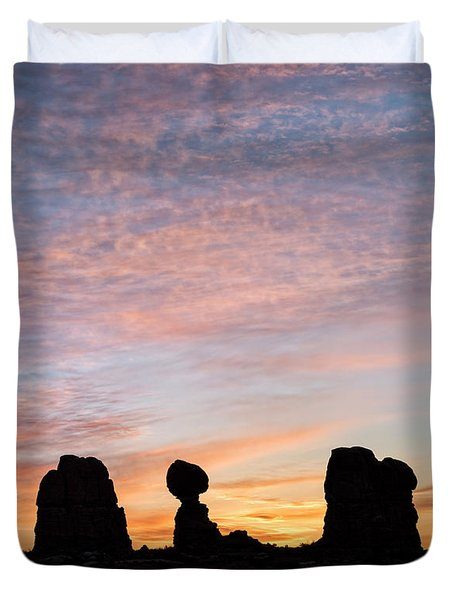 Balanced Rock At Sunrise Duvet Cover