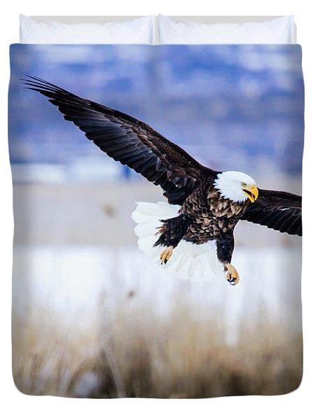 Bald Eagle Landing Duvet Cover