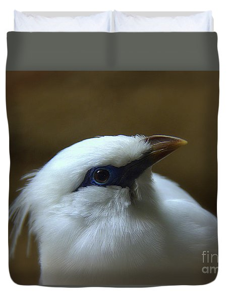 Duvet Cover featuring the photograph Bali Mynah by Lisa L Silva
