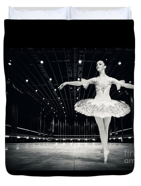 Duvet Cover featuring the photograph Ballerina by Dimitar Hristov