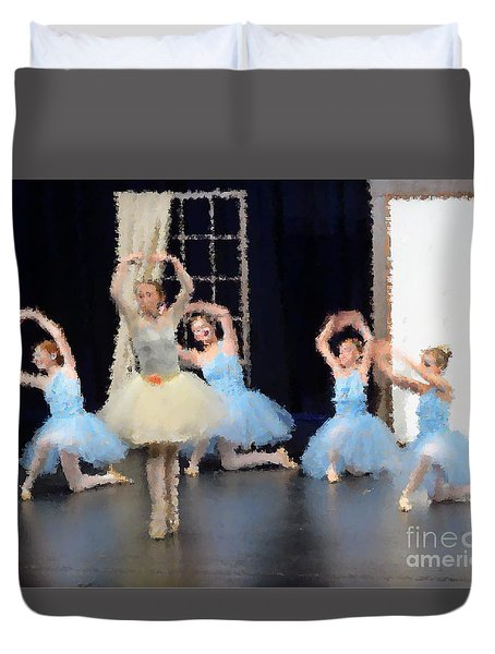 Ballerinas Dancing Duvet Cover