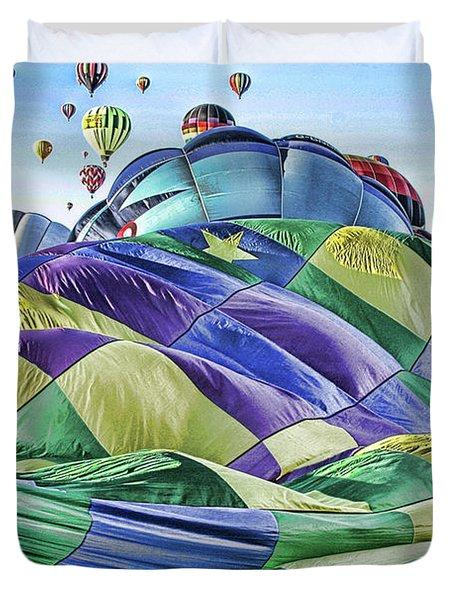Ballooning Waves Duvet Cover