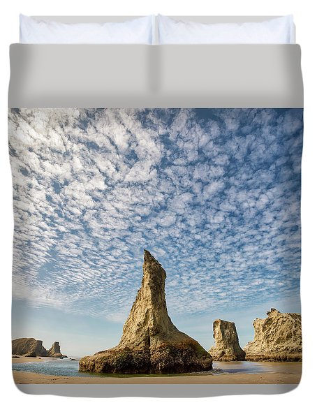 Bandon Sea Stacks Duvet Cover