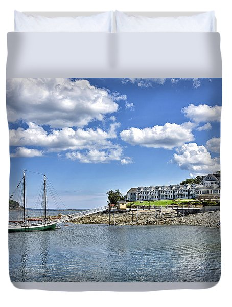 Bar Harbor Inn - Maine Duvet Cover