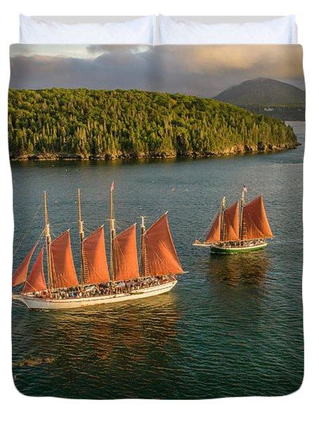 Sailing Thru Life The Downeast Way Duvet Cover