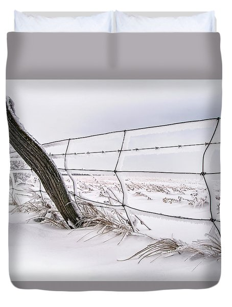 Barbed Wire And Hoar Frost Duvet Cover by Dan Jurak