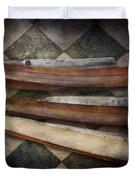 Barber - The Razor  Duvet Cover by Mike Savad
