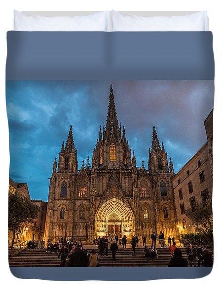 Barcelona Cathedral At Dusk Duvet Cover by Randy Scherkenbach
