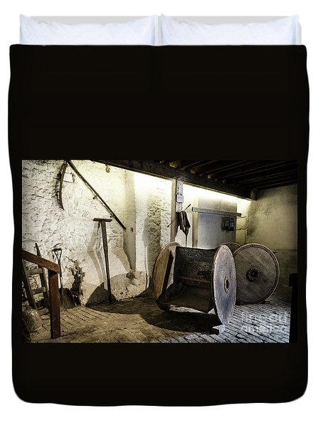 Duvet Cover featuring the photograph Barley Warehouse At Lockes Distillery by RicardMN Photography