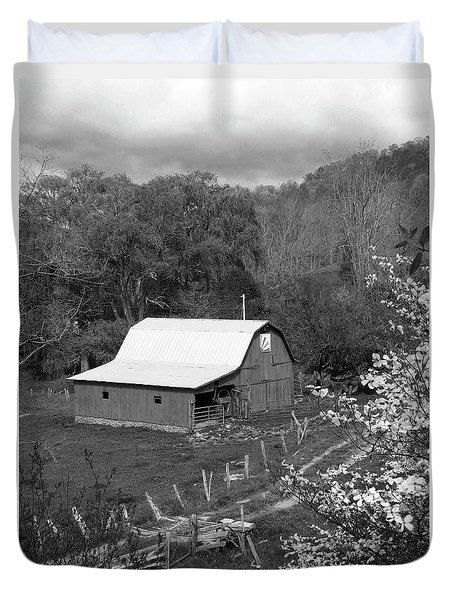 Duvet Cover featuring the photograph Barn 3 by Mike McGlothlen
